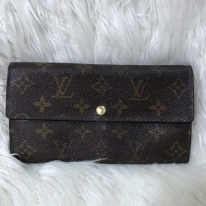 Vintage Louis Vuitton Monogram Sarah Long Wallet